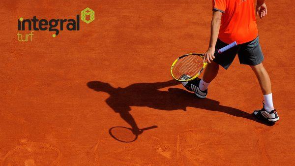 kırmızı tenis kort zemini